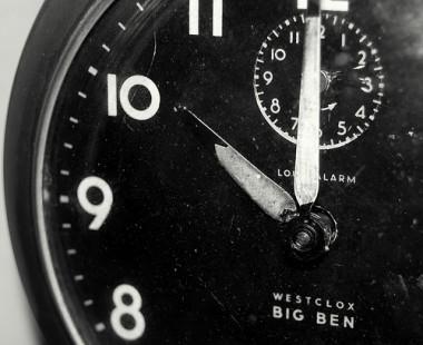 clock-380x310